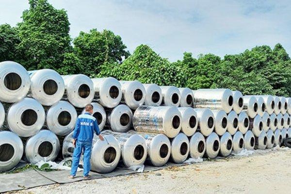 500 bồn nước inox hỗ trợ đồng bào miền Trung
